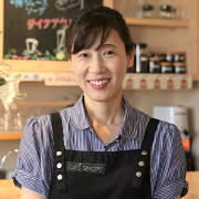 201610_aji_staff.jpg