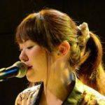 船橋生まれのピアノ弾き語りアーティスト『高橋涼子』